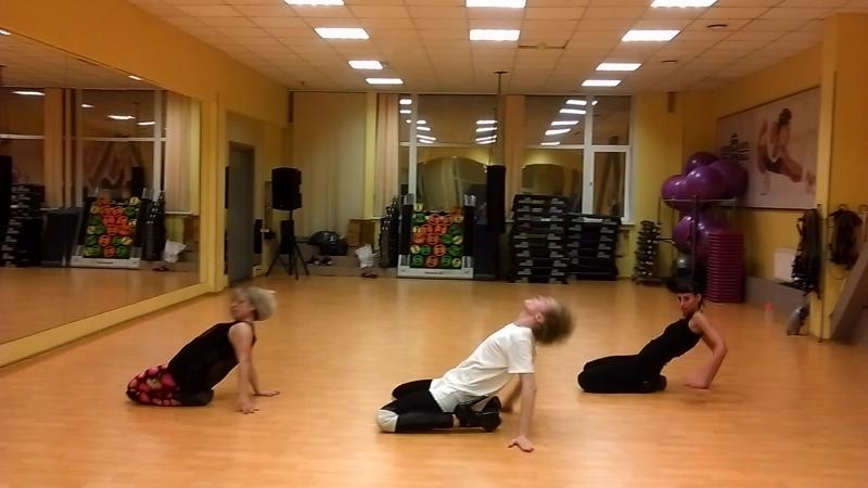 Dance Club на Коллонтай 01.05.2016 тренер Торопов Андрей