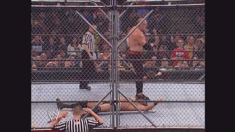 Kane vs. Gene Snitsky - Steel Cage Match Raw 12.31.2005