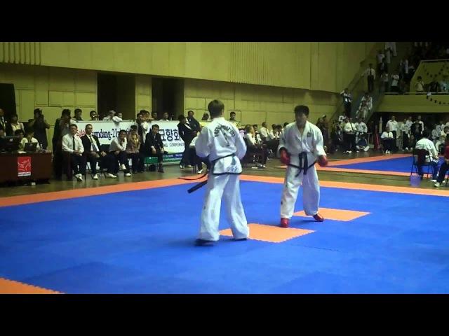 -57kg Final. Ri Chung Ill (DPRK) v Evgenij Ocymik (Russia). ITF World Taekwon-Do Championships 2011