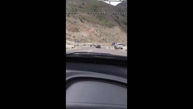 Дорога в горы,выезд из туннеля