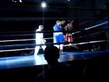 Олег Кушнарев(Чемпион мира по жиму лежа) - проба в боксе.