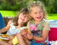Подготовить малыша к непростому для него школьному периоду помогут развивающие игры для дошкольников онлайн.