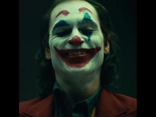 Первый взгляд на Джокера в исполнении Хоакина Феникса