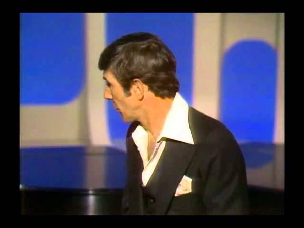 Leonard Nimoy recites poetry while the Captain Tennille play 70's TV show