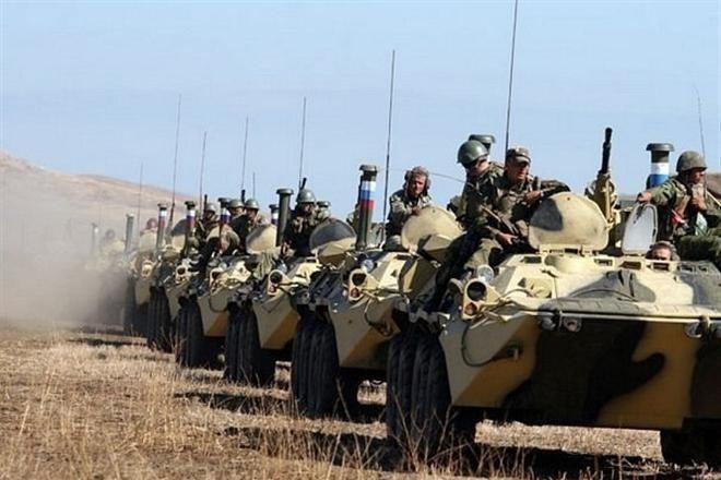 Сергей Лавров исключил военное вмешательство России на Украину