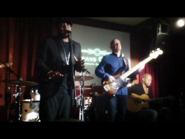 Different Street - Tony Momrelle feat. Tony Remy Live Bravo Caffè 2016