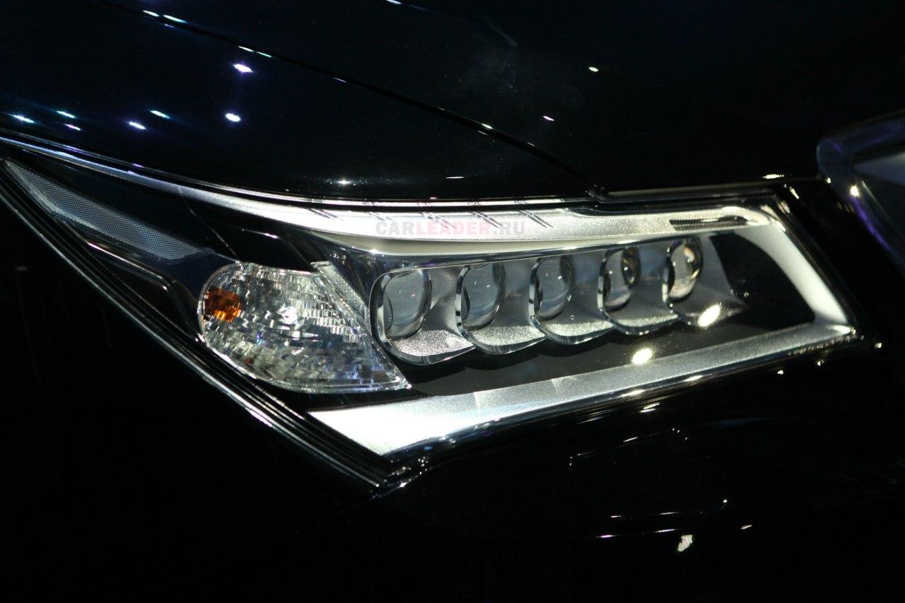 Линзовые фары Acura