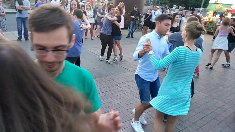 Танцы на Стрелке! We dance forró!