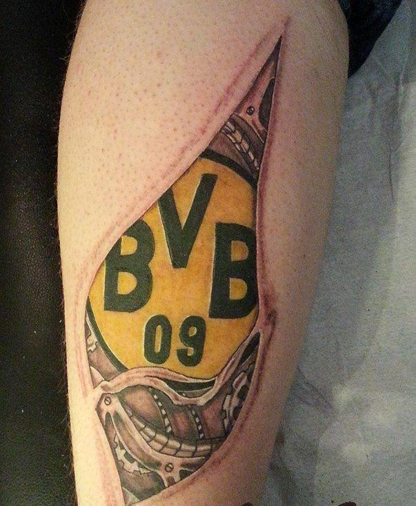 Фото татуировки фаната боруссия дортмунд