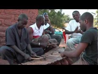 Herbert Kinobe meets Daouda Diabate, the legendary balafon player of the Tusia