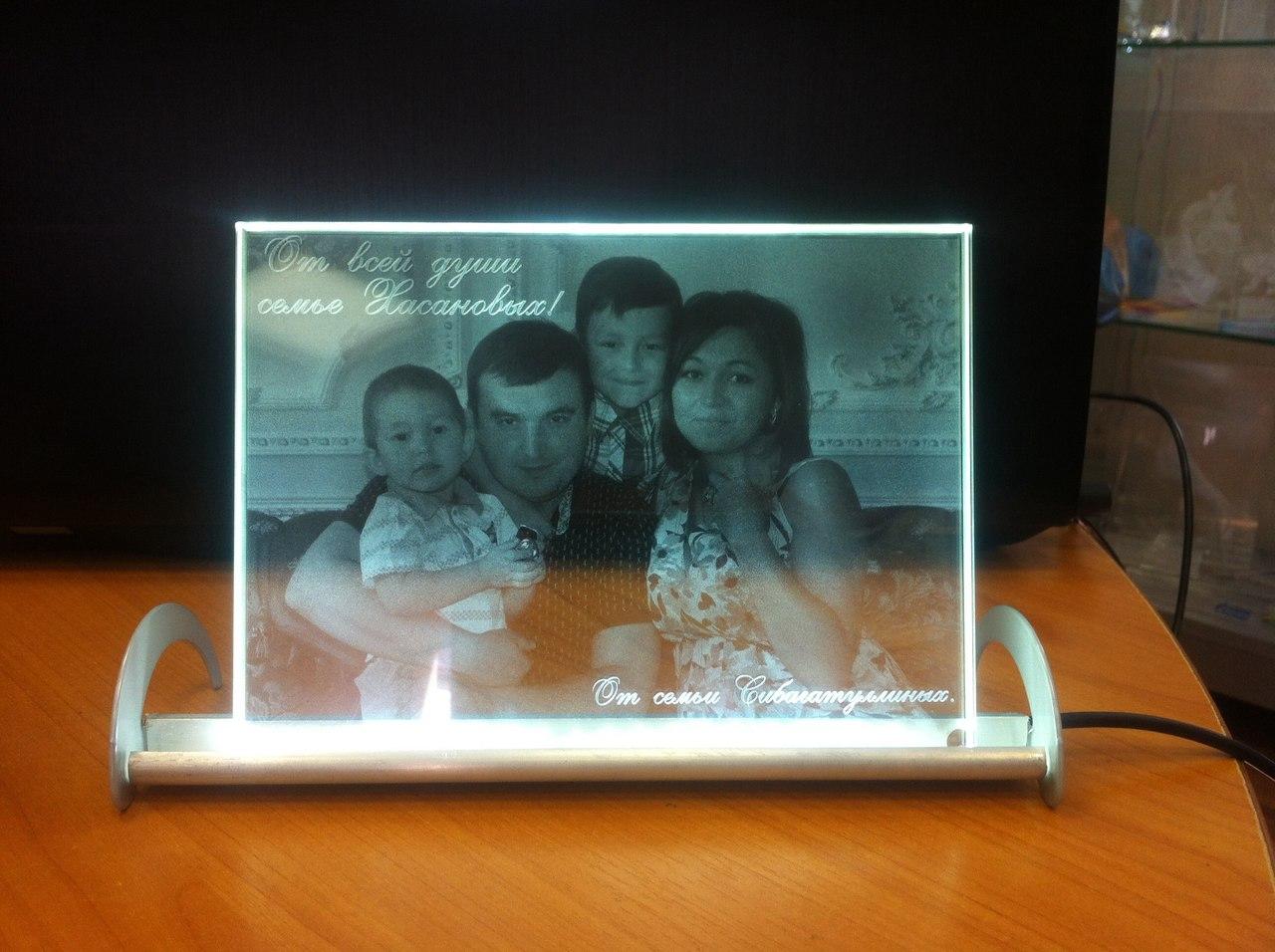 Фото в стекле на заказ в Казани