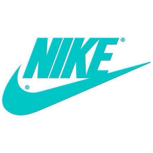 Спортивная одежда и обувь nike и adidas