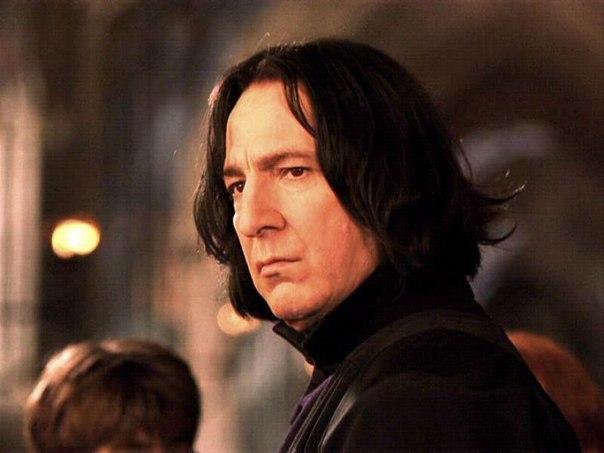 Когда мне будет 80 лет, и я буду сидеть в своем кресле-качалке, я буду читать Гарри Поттера. И моя с… (1 фото) - картинка