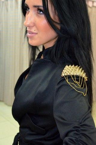 Пиджак с шипами советчица кидстафф