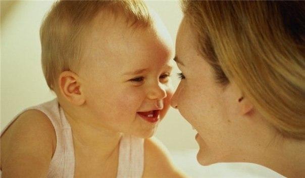 До свиданья, мама! Каждую из нас волнует вопрос – когда же можно оставить малыша одного, чтобы это не стало для него трагедией. Когда можно вырваться, чтобы сделать новую стрижку, а когда уже можно и на работу. И кажется, что ребенок не справится без мамы, не отпустит, будет мучиться и страдать, тогда как находиться рядом до школьного возраста зачастую невозможно. Но ведь когда-то же нужно приучать малыша к самостоятельности. А что же думают об этом сами дети? 0-3 месяца В этот период для…