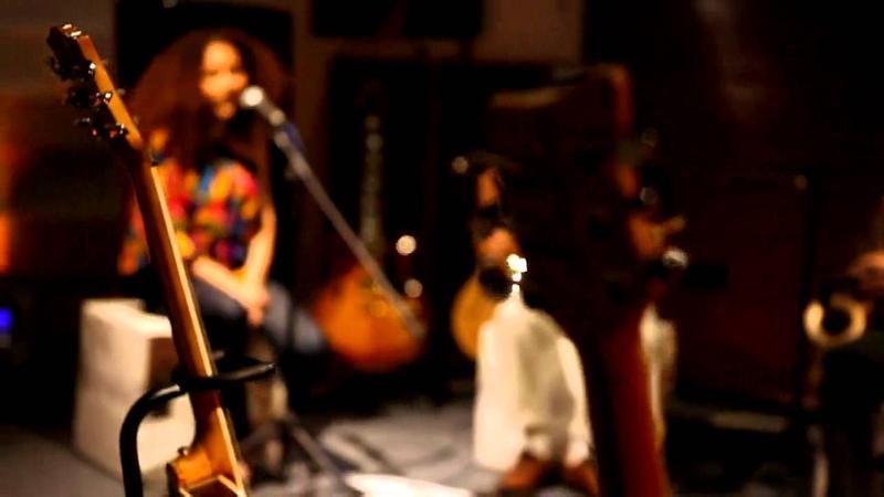 Elif Çağlar - Jamaica / akustikhane sesiniac