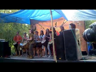 Выступление «Drum'n'pipe» на этно-фестивале Щит Сибири 2013