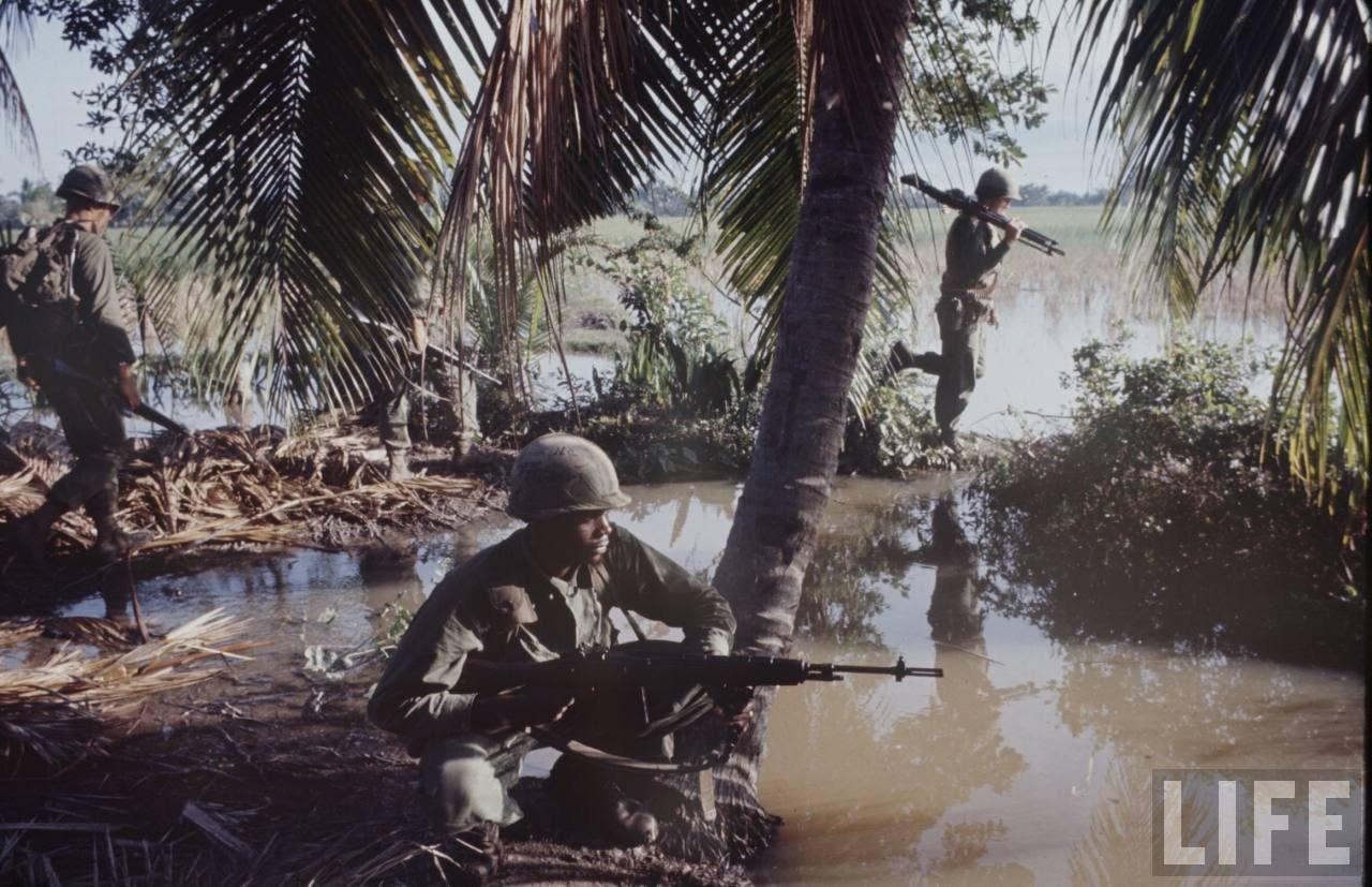 guerre du vietnam - Page 2 NRGsGD3TNB8