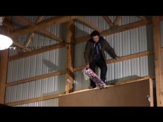 Jackass 3.5. Прыг-скок по стенкам