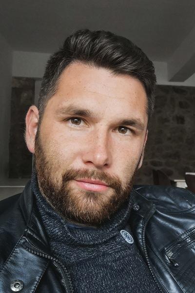 Аким Закиров