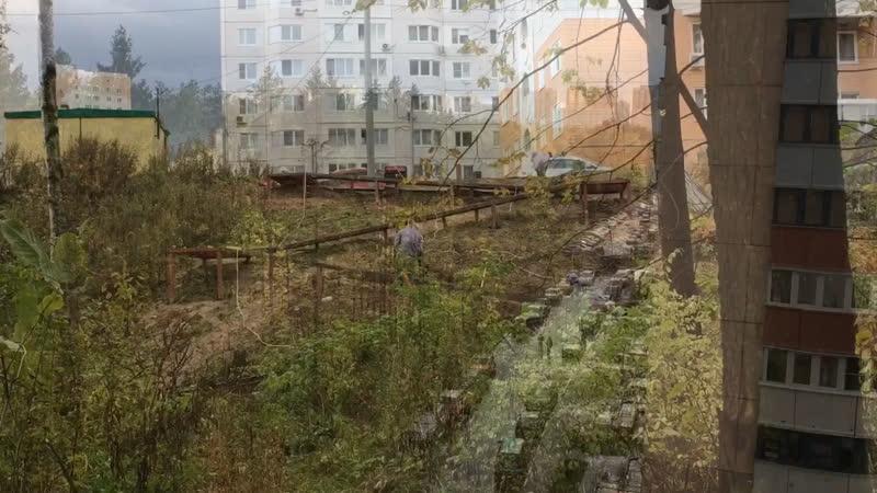 В Новой Трехгорке практически завершены работы по устройству дополнительного спуска в лес