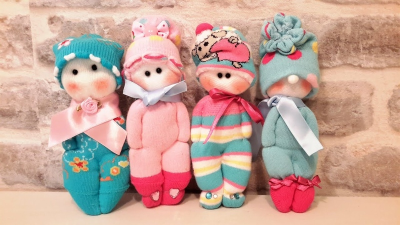 КУКЛЫ ИЗ НОСКОВ СВОИМИ РУКАМИ.. How to make a doll from a sock