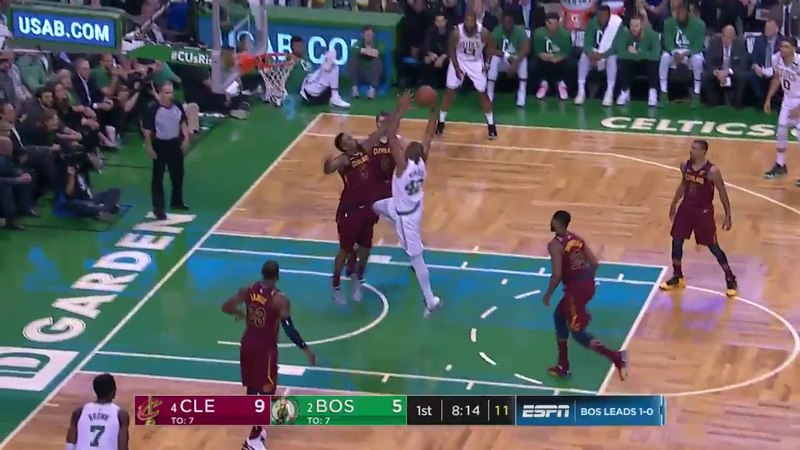 Al Horford imposes conditions from the start with this impressive dunk