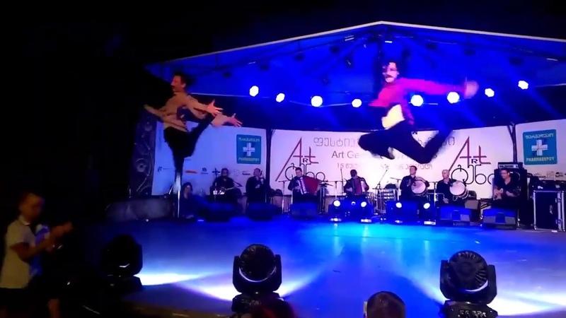 ансамбль Сухишвили на Art Gene - танец ЦДО 13.07.2018