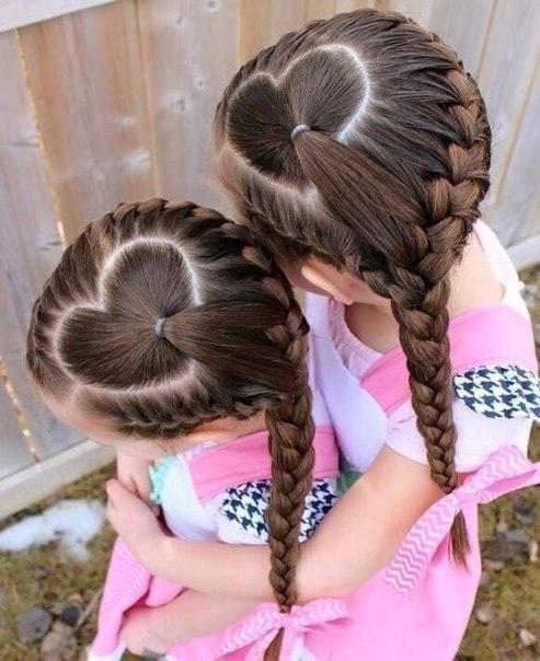 Заплести красиво волосы девочке