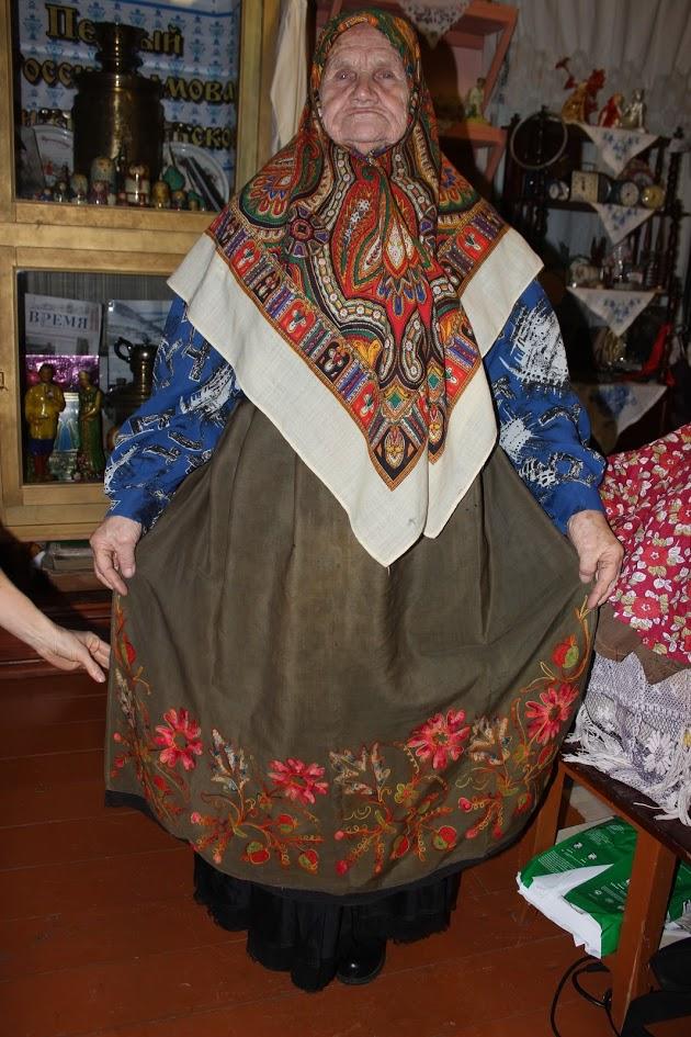 Баба Женя из ансамбля «Огонек». 2 января 2019 года бабе Жене исполнится 90 лет