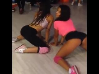 Double Twerking Compilation