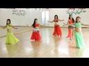 Маленькие девочки классно танцуют танец живота!