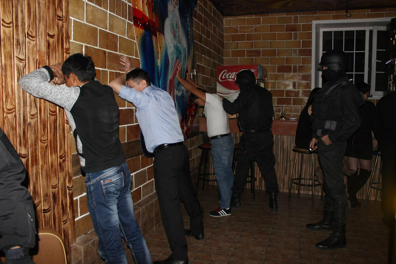 Раздиванивание вн ночних клубах россии 6 фотография