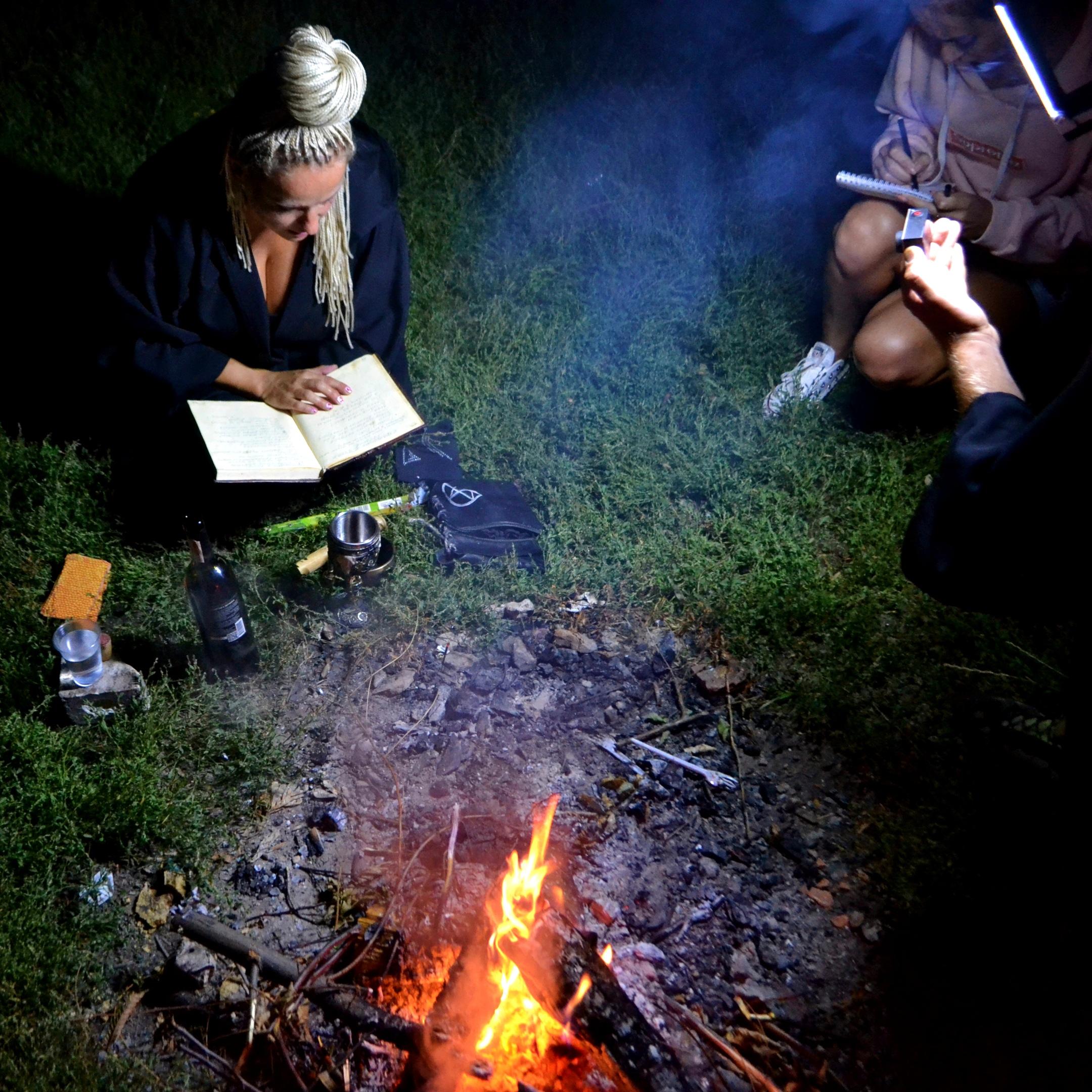 руническиеставы - Online Школа Магии Елены Руденко ( беЗоплатное обучение ). - Страница 4 BNbWlGP0KVA