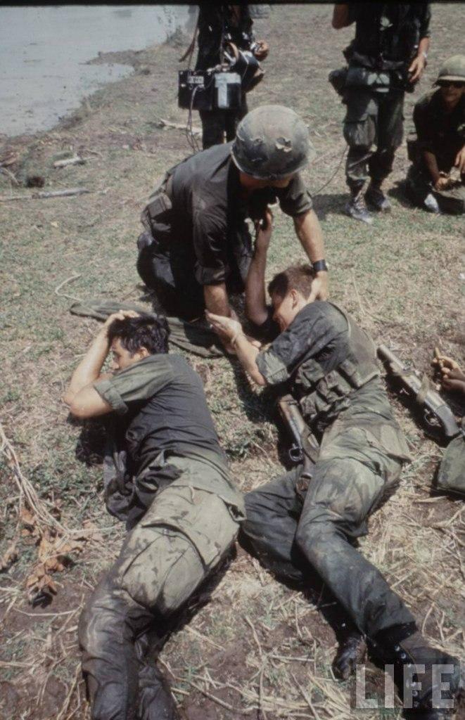 guerre du vietnam - Page 2 PZoTwaxIaFE