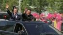Тысячи жителей КНДР сцветами вруках приветствовали президента Южной Кореи
