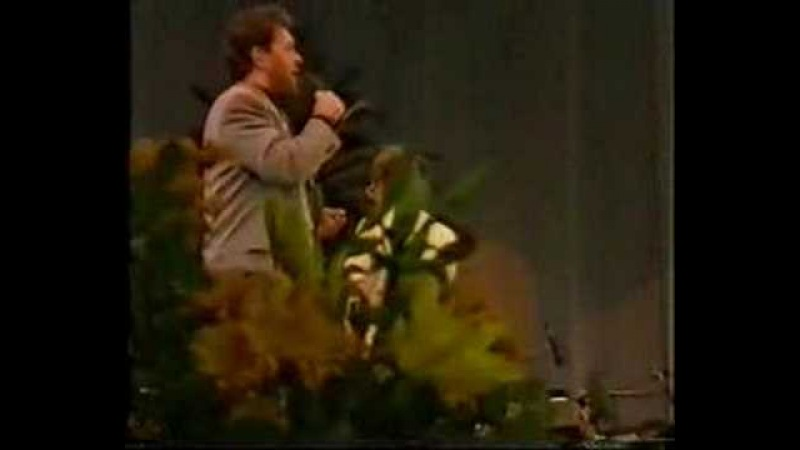 Tommy Körberg sing Anthem