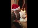 Брукс Лайк и Джулианна Хаф на вечеринке Тайлера Хеклина с песиком Остина - Гасом 17 декабря 2017 года.