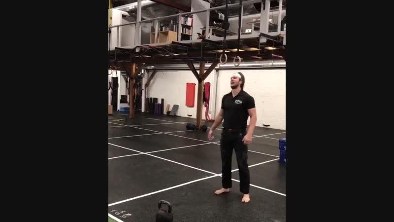 32 кг. 100 повторов. 5 минут. Последняя минута самого сложного упражнения для grandersonsfg