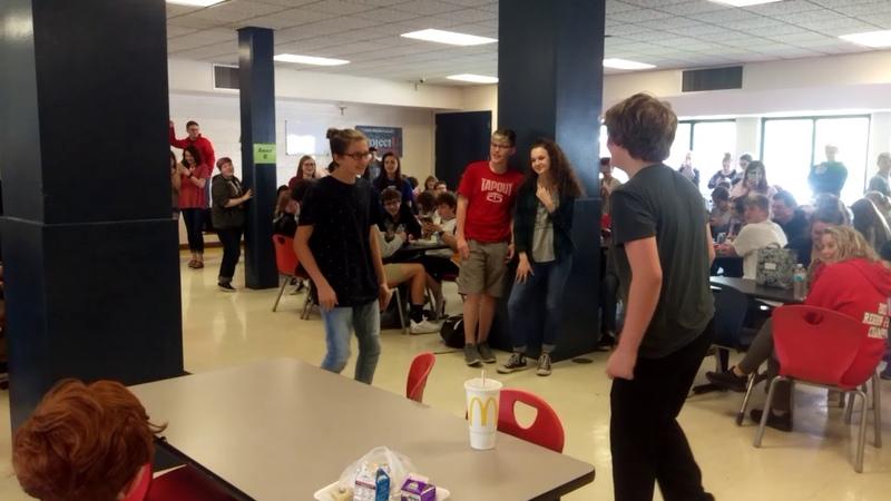 Fortnite Dance Battle in School *CRINGE* (Original)