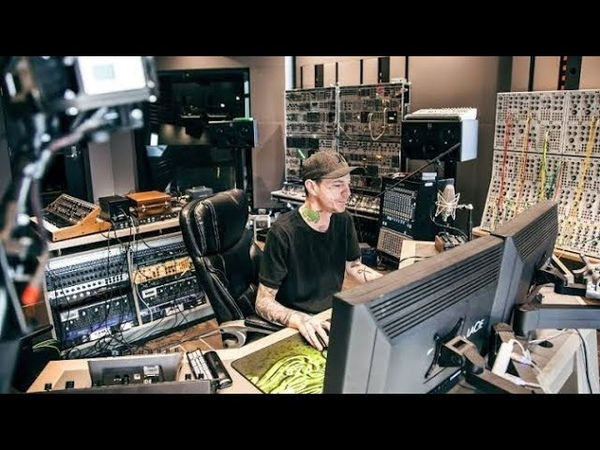 Deadmau5 Mix Mastering Live Studio Electronic Music Production Teaches Making (Full Video)