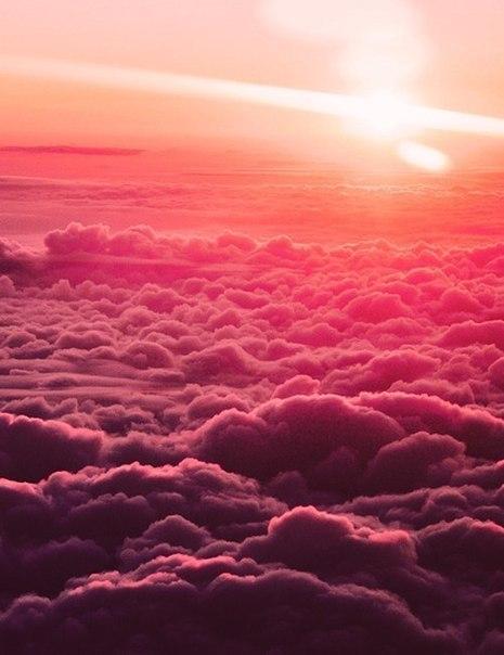 Жду недождусь,когда в таких облаках окажусь!