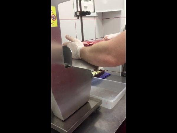 Как правильно разделать Говядину на пиле и не отрезать палец