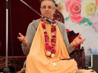 Niranjana Swami on Srila Prabhupada -- SB 3.25.20 -- Carpatian festival (Ukraine),  14 June 2014