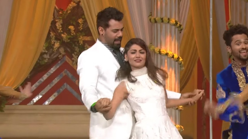 Abhi-Pragya Sahil-Preeta's Dance   Zee Rishtey Awards 2018   Watch Full Event On ZEE5