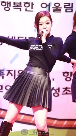 [14.11.01] BADKIZ(배드키즈) 음성 KGS 너나들이 축제 공연 '귓방망이' 모니카 직캠 By 반창꼬