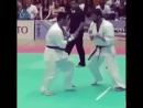 Уширо гери в прыжке в Кёкусинкай карате Подготовка бойца.