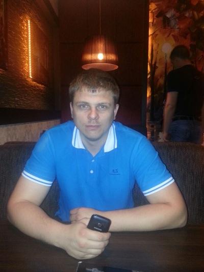 Антон Гусельников