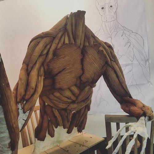 Пряничный Грут на Рождество Любительница пряничных вкусняшек из Норвегии Каролин Эрикссон со слегка нездоровой страстью к созданию пряничных скульптур, как написано в её аккаунте в Instagram,