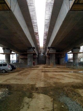 Транспортную развязку на м. Теплый Стан пообещали ввести в эксплуатацию летом 2013, но в кулуарах называли сентябрь...
